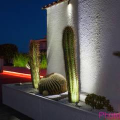 Eclairage terrasse: Jardin de style  par Architecture Nature & Lumière