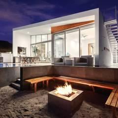 CASA MRE: Terrazas de estilo  por Imativa Arquitectos