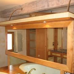 Aménagement d'une salle de bains: Salle de bains de style  par BATIR AU NATUREL