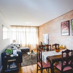 Living room by Carmen Anjos Arquitetura Ltda., Rustic Bricks