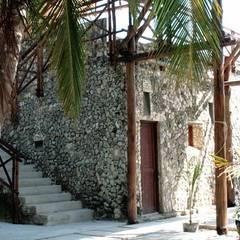Isla Única Cartagena: Casas de estilo  por Kubik Lab