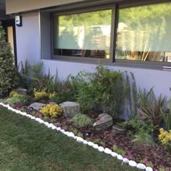 AYTÜL TEMİZ LANDSCAPE DESIGN – SAKLIKORU VİLLALARI- VİLLA PEYZAJ PROJE&UYGULAMA // SAKLIKORU - VILLA LANDSCAPE PROJECT:  tarz Bahçe