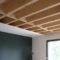 S95 - construction maison individuelle 200m² - Pontoise: Chambre d'enfant de style de style Minimaliste par officine TNT Architecture