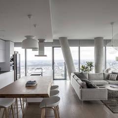 Apartament w Śródmieściu: styl , w kategorii Jadalnia zaprojektowany przez Zofia Wyganowska