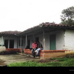 PROYECTO TAMESIS - ANTIOQUIA.: Casas de estilo  por NIVEL SUPERIOR taller de arquitectura , Rural