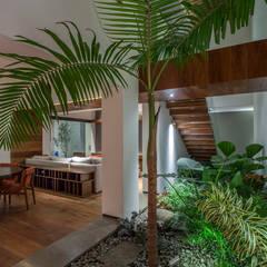 Comedores de estilo  por Almazan y Arquitectos Asociados