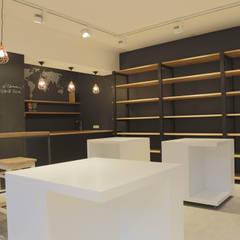 Interior Design Modern gastronomy by Atelier Gitterle Modern Wood Wood effect