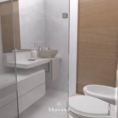 Baño principal: Baños de estilo  por Bhavana