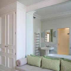 Baños de estilo  de Nash Baker Architects Ltd, Clásico Mármol