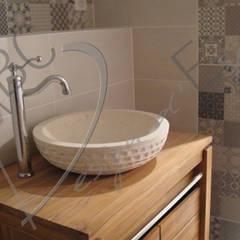 Chambres d'Hôtes: Salle de bains de style  par ABC Design d'Espace
