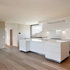 Objekt 268:  Einbauküche von meier architekten