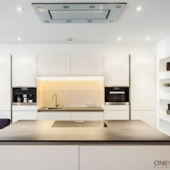 مطبخ تنفيذ ONE!CONTACT - Planungsbüro GmbH, حداثي