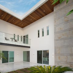 Patios & Decks by Grupo Arsciniest, Modern Wood Wood effect