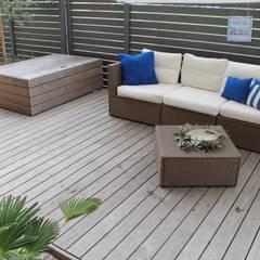 Jardines de estilo  por Lemoni GartenDesign,