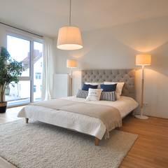 Musterwohnung 'Ton in Ton':  Schlafzimmer von Karin Armbrust - Home Staging