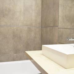Baño: Baños de estilo minimalista por Estudio Nicolas Pierry