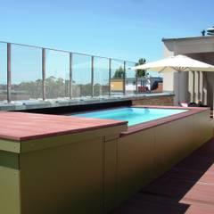 Dach-Pool:  Pool von Buseck Architekten