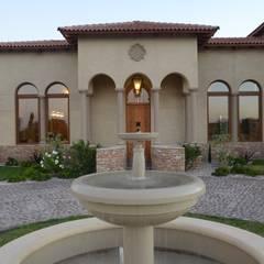 Fuente acceso: Terrazas de estilo  por Azcona Vega Arquitectos