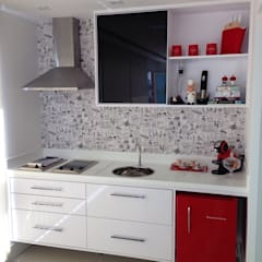 Projetos: Cozinhas  por PILOTTIZ ARQUITETURA E DESIGN