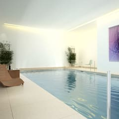 Swimming Pool:  Pool by Aqua Platinum Projects