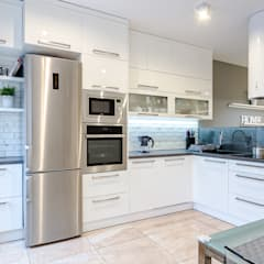 Kitchen by Kameleon - Kreatywne Studio Projektowania Wnętrz, Scandinavian