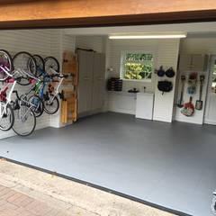 Floor Tiles by Garageflex in Manchester: classic Garage/shed by Garageflex