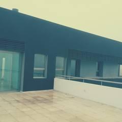 Vivienda Country Lomalinda: Terrazas de estilo  por D&D Arquitectura