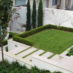 NOUVELLE. | Proje Danışmanlık – Dış Mekan Tasarım ve Uygulamaları: tropikal tarz tarz Bahçe