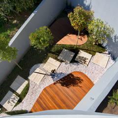 Jardines de estilo  por GRAU.ZERO Arquitectura