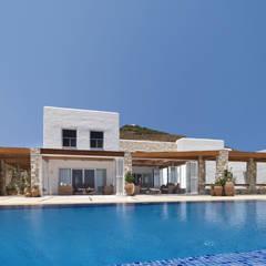 Vila Seacrest - Ilha de Paros - Ciclades - Grécia Casas mediterrâneas por Carlos Eduardo de Lacerda Arquitetura e Planejamento Mediterrâneo