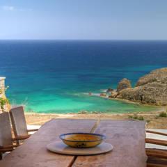 Vila Seacrest - Ilha de Paros - Ciclades - Grécia Salas de jantar mediterrâneas por Carlos Eduardo de Lacerda Arquitetura e Planejamento Mediterrâneo