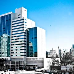 Ed. Enseada Trade Center: Edifícios comerciais  por CARLOS EDUARDO DE LACERDA ARQUITETURA E PLANEJAMENTO LTDA.