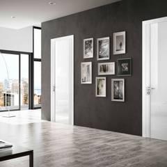 Ambienti Contemporary: Finestre in stile  di Romagnoli Porte