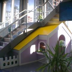 Bersa İç ve Dış Ticaret Ltd. Şti. – Oyun Evi: minimal tarz tarz Çocuk Odası