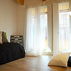 Home Staging : Stanza dei bambini in stile  di PhotoStaging Photography  & Homestaging