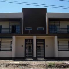 Viviendas  - Duplex: Casas de estilo  por Alejandro Acevedo - Arquitectura