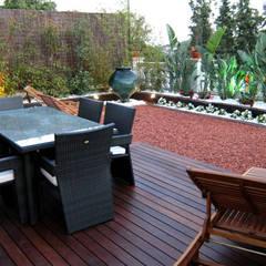 Jardín Residencial: Jardines de estilo  de jardinista