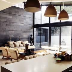 Vivienda Vía Angélica: Cocinas de estilo  por Diez y Nueve Grados Arquitectos
