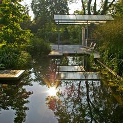 Jardines de estilo  por Van Mierlo Tuinen | Exclusieve Tuinontwerpen,