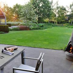 حیاط by Van Mierlo Tuinen | Exclusieve Tuinontwerpen