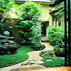 Enatsu Garden Architect / 江夏庭苑事務所 Jardines de estilo asiático