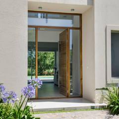 Окна в . Автор – Parrado Arquitectura,