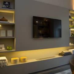 Espacio comedor diario: Comedores de estilo  por Estudio de iluminación Giuliana Nieva