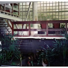 Jardín interno: Jardines de estilo  por R+P