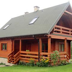 BIEDRONKA - NIEWIELKI DOMEK LETNISKOWY: styl , w kategorii Domy zaprojektowany przez Biuro Projektów MTM Styl - domywstylu.pl