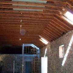 Atap gable by Recasa  S.L.