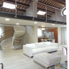 Living room by Nadia Moretti, Modern