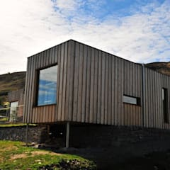 Sealoch House:  Houses by Boutique Modern Ltd