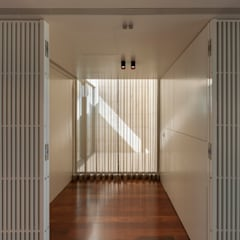 Apartamento na Foz do Douro Jardins de Inverno modernos por ABPROJECTOS Moderno