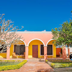 Houses by PORTO Arquitectura + Diseño de Interiores, Colonial